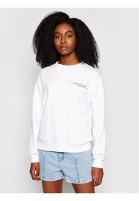 NA-KD Bluza Quote Printed 1018-006870-0001-003 Biały Regular Fit. Kolor: biały