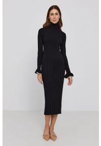 TwinSet - Twinset - Sukienka. Typ kołnierza: golf. Kolor: czarny. Materiał: dzianina. Długość rękawa: długi rękaw. Typ sukienki: dopasowane