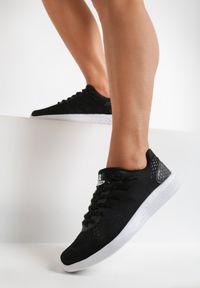 Renee - Czarne Buty Sportowe Everybody Run!. Okazja: na co dzień. Kolor: czarny. Materiał: materiał. Sport: bieganie