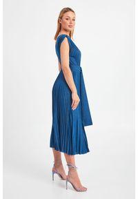 Sukienka Marella elegancka