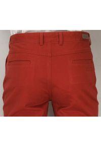 Czerwone spodnie Ezreal w kolorowe wzory