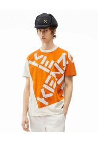 Kenzo - KENZO - Koszulka z logo Sport. Kolor: beżowy. Materiał: bawełna. Wzór: aplikacja, nadruk. Styl: sportowy