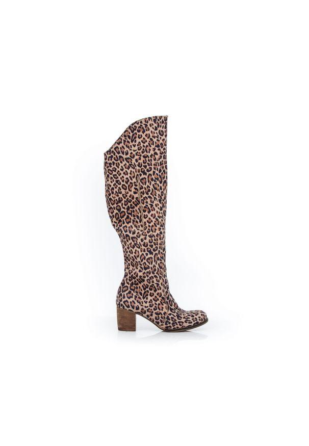 Kozaki Zapato wąskie, z cholewką za kolano, w kolorowe wzory