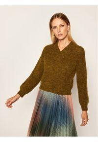 Zielony sweter klasyczny iBlues
