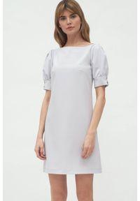 Nife - Szara koktajlowa sukienka mini z bufiastymi rękawami. Typ kołnierza: dekolt w łódkę. Kolor: szary. Materiał: elastan. Typ sukienki: proste. Styl: wizytowy. Długość: mini