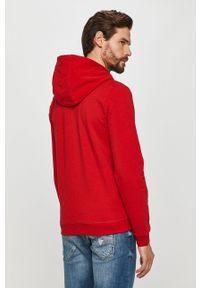 Czerwona bluza rozpinana Guess z kapturem, na co dzień, casualowa, z aplikacjami