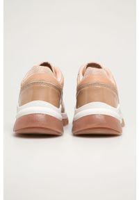 Różowe buty sportowe Answear Lab na średnim obcasie, z cholewką, na obcasie