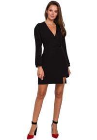 MAKEOVER - Czarna Asymetryczna Sukienka Kopertowa. Kolor: czarny. Materiał: elastan, poliester. Typ sukienki: kopertowe, asymetryczne