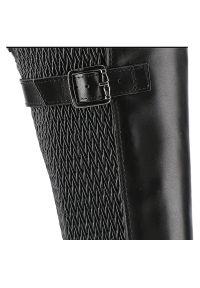 Tamaris - Kozaki TAMARIS 1-25538-23 001 Black. Zapięcie: sprzączka. Materiał: jeans, skóra ekologiczna, materiał, guma. Szerokość cholewki: normalna. Sezon: jesień, zima. Obcas: na obcasie. Styl: elegancki. Wysokość obcasa: średni