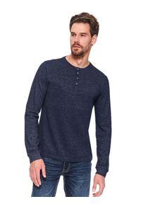 TOP SECRET - T-shirt z dekoltem w serek. Okazja: na co dzień, na spacer. Typ kołnierza: dekolt w serek. Kolor: niebieski. Materiał: jeans. Długość rękawa: długi rękaw. Długość: długie. Sezon: wiosna. Styl: wakacyjny, casual