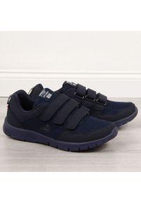 Niebieskie buty sportowe American Club na rzepy