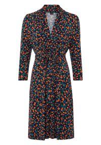 Sukienka z dżerseju z nadrukiem bonprix ciemnoniebieski w kwiaty. Kolor: niebieski. Materiał: jersey. Wzór: kwiaty, nadruk