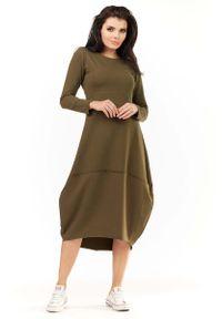 Awama - Khaki Dzianinowa Midi Sukienka Bombka z Długim Rękawem. Kolor: brązowy. Materiał: dzianina. Długość rękawa: długi rękaw. Typ sukienki: bombki. Długość: midi