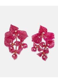 AQUAZZURA - Klipsy z kryształami Bougainvillea. Materiał: pozłacane, metalowe. Kolor: różowy, fioletowy, wielokolorowy. Wzór: kwiaty. Kamień szlachetny: kryształ