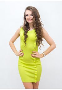 Żółta sukienka Fanaberia.com w kolorowe wzory