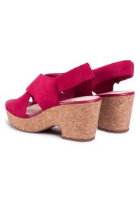 Różowe sandały Clarks na co dzień, casualowe