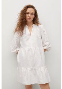 mango - Mango - Sukienka JANE. Kolor: biały. Materiał: tkanina. Długość rękawa: długi rękaw. Typ sukienki: rozkloszowane