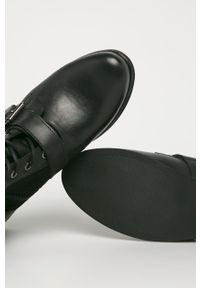 Czarne botki Wojas na sznurówki, na średnim obcasie, na obcasie, z cholewką