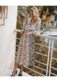 JENESEQUA - Jedwabna sukienka Londres. Kolor: beżowy. Materiał: jedwab. Długość rękawa: długi rękaw. Wzór: nadruk, aplikacja. Długość: midi