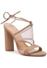 Brązowe sandały Schutz