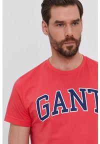 GANT - Gant - T-shirt. Okazja: na co dzień. Kolor: różowy. Wzór: nadruk. Styl: casual