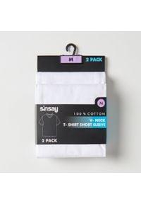 Sinsay - Koszulka z dekoltem w serek 2 pack - Biały. Typ kołnierza: dekolt w serek. Kolor: biały