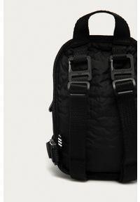 adidas Originals - Plecak. Kolor: czarny. Wzór: aplikacja
