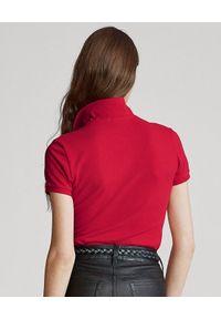 Ralph Lauren - RALPH LAUREN - Koszulka Polo Slim Fit. Okazja: do pracy, na co dzień, na spotkanie biznesowe. Typ kołnierza: polo. Kolor: czerwony. Materiał: bawełna, materiał, elastan. Wzór: haft, aplikacja. Styl: biznesowy, casual