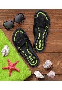 LANO - Klapki dziecięce basenowe Lano KL-2-3060-M1 Czarne. Okazja: na plażę. Kolor: czarny. Materiał: guma