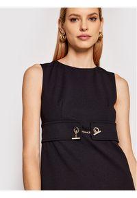 Czarna sukienka Rinascimento na co dzień, prosta, casualowa