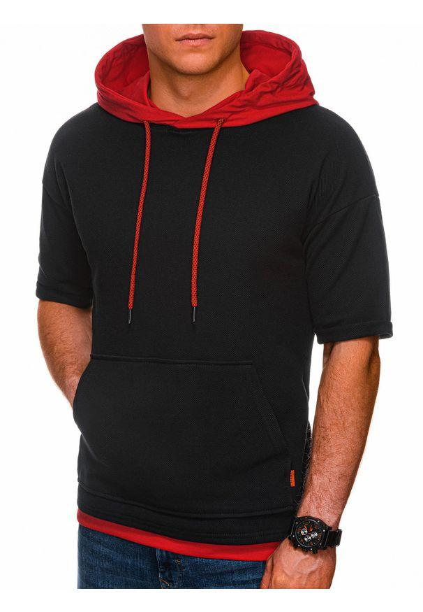 Ombre Clothing - Bluza męska z krótkim rękawem B1221 - czarna/czerwona - XXL. Okazja: na co dzień. Kolor: czerwony. Materiał: bawełna, elastan. Długość rękawa: krótki rękaw. Długość: krótkie. Wzór: aplikacja, melanż. Styl: casual, klasyczny, sportowy