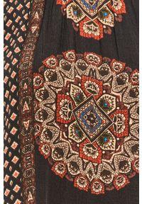 Wielokolorowa bluzka Desigual na co dzień, długa, casualowa, z dekoltem typu hiszpanka