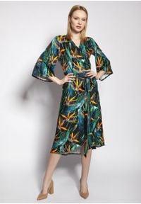 e-margeritka - Sukienka kopertowa midi z szerokimi rękawami - 34. Materiał: wiskoza, tkanina, materiał. Typ sukienki: kopertowe. Styl: elegancki. Długość: midi
