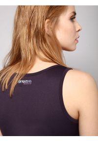 Fioletowa bluzka DRYWASH na lato, bez rękawów, w kolorowe wzory, sportowa