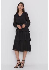 Vila - Sukienka. Kolor: czarny. Materiał: tkanina, poliester. Długość rękawa: długi rękaw. Typ sukienki: rozkloszowane