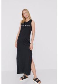 Emporio Armani - Sukienka. Okazja: na co dzień. Kolor: czarny. Materiał: dzianina. Wzór: nadruk. Typ sukienki: proste. Styl: casual