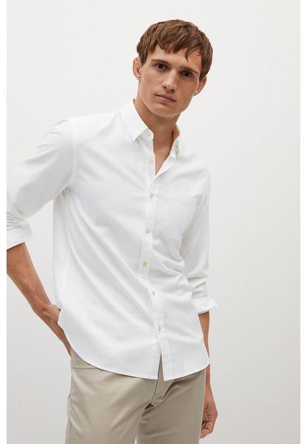 Biała koszula Mango Man elegancka, z klasycznym kołnierzykiem, długa, na co dzień