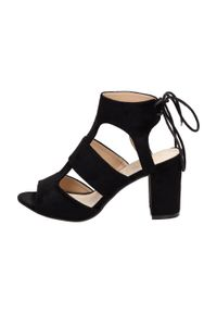 Czarne sandały Sabatina klasyczne