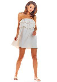 Awama - Beżowa Zwiewna Mini Sukienka z Hiszpańskim Dekoltem. Kolor: beżowy. Materiał: wiskoza, elastan. Długość: mini
