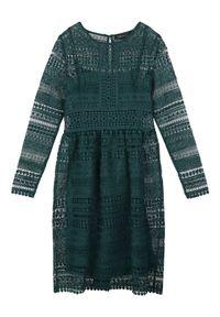 TOP SECRET - Sukienka fit and flare z koronki. Kolor: zielony. Materiał: koronka. Długość rękawa: krótki rękaw. Wzór: koronka. Sezon: jesień, zima. Styl: elegancki. Długość: midi