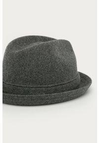 Szary kapelusz Kangol gładki