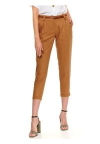 TOP SECRET - Spodnie 7/8 damskie cygaretki, luźne. Okazja: do pracy. Kolor: beżowy. Sezon: jesień. Styl: wakacyjny, elegancki