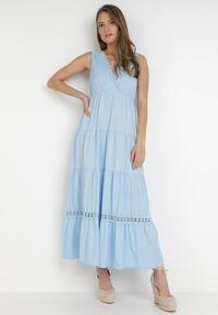Born2be - Niebieska Sukienka Kaphixie. Kolor: niebieski. Materiał: bawełna, dzianina, koronka. Długość rękawa: na ramiączkach. Wzór: jednolity, koronka, aplikacja. Typ sukienki: kopertowe. Długość: midi