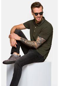 Lancerto - Koszulka Ciemnozielona Dominic. Typ kołnierza: kołnierzyk klasyczny. Kolor: zielony. Materiał: włókno, tkanina, materiał, bawełna. Długość rękawa: krótki rękaw. Wzór: ze splotem. Styl: klasyczny