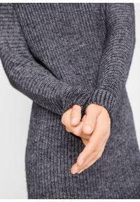 Czarny sweter bonprix z golfem, melanż