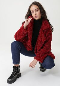 Czerwony płaszcz Born2be