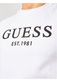 Guess Bluza M1RQ08 K7ON1 Biały Slim Fit. Kolor: biały