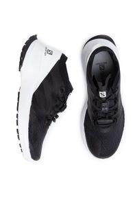 Czarne buty do biegania salomon z cholewką, na płaskiej podeszwie