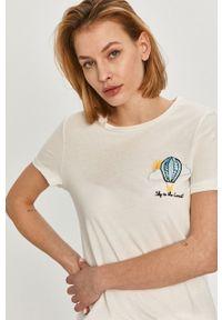 Biała bluzka Answear Lab na co dzień, wakacyjna, z haftami