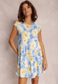 Renee - Niebieska Sukienka Predikel. Kolor: niebieski. Materiał: materiał. Długość rękawa: krótki rękaw. Wzór: gładki, paski, kwiaty, aplikacja, kolorowy. Długość: mini